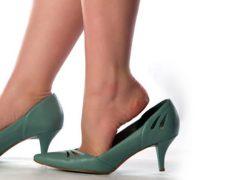 Άνετα παπούτσια για όμορφα πόδια